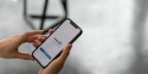 LinkedIn Advertising Services Newcastle & Sydney
